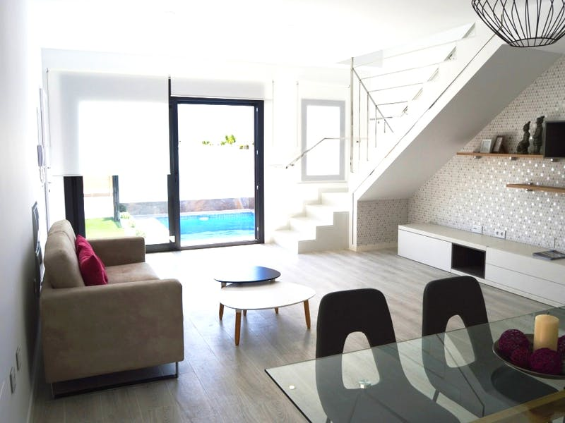 6 detached villas with private terrace, pool, and jacuzzi in Pilar de la Horadada 1