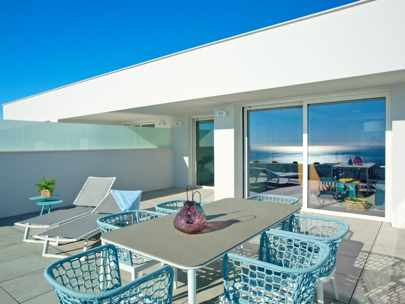 30 luxury apartments with sea and mountain views of 2 and 3 bedrooms in Cumbre del Sol. 9
