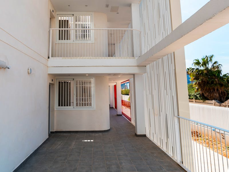Denia Beach - 1, 2 and 3 bedroom apartments with terrace overlooking the sea or with views over the Montgó mountain, at the beach of La Almadraba beach 30