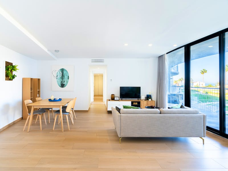 Denia Beach - 1, 2 and 3 bedroom apartments with terrace overlooking the sea or with views over the Montgó mountain, at the beach of La Almadraba beach 46