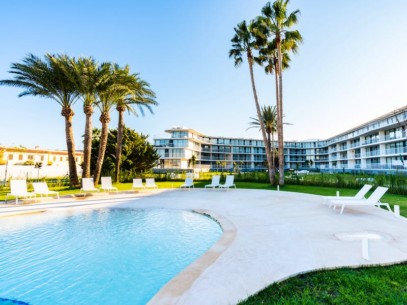 Denia Beach - 1, 2 and 3 bedroom apartments with terrace overlooking the sea or with views over the Montgó mountain, at the beach of La Almadraba beach 48