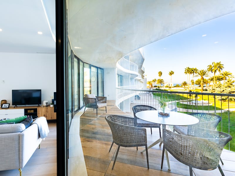 Denia Beach - 1, 2 and 3 bedroom apartments with terrace overlooking the sea or with views over the Montgó mountain, at the beach of La Almadraba beach 47