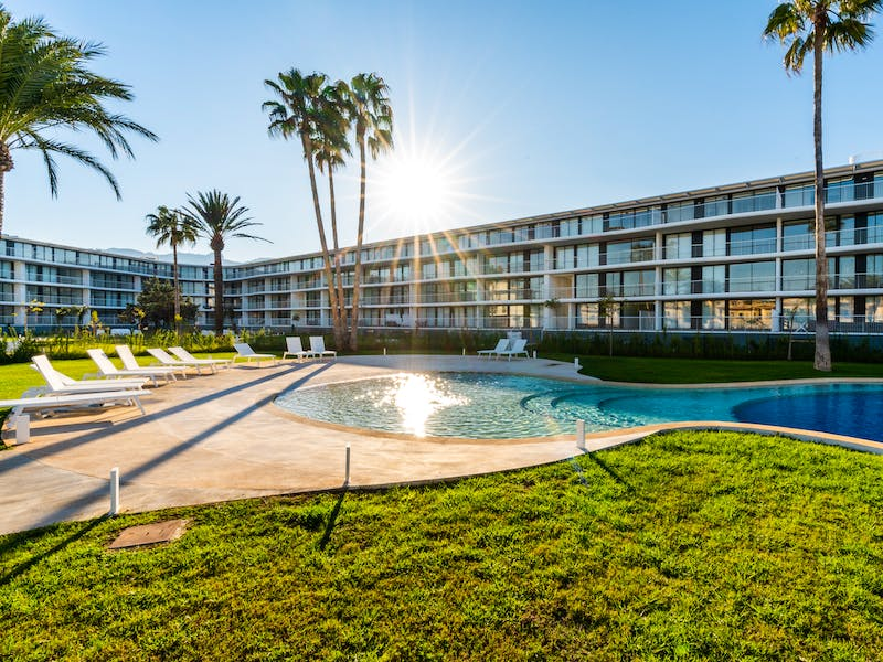 Denia Beach - 1, 2 and 3 bedroom apartments with terrace overlooking the sea or with views over the Montgó mountain, at the beach of La Almadraba beach 20
