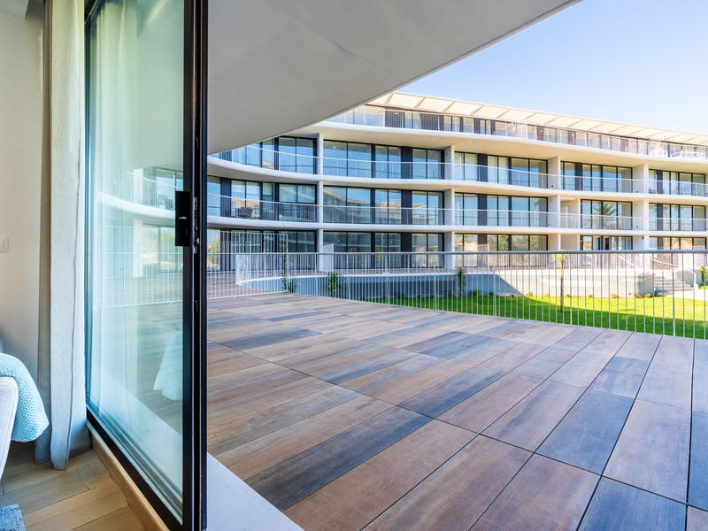 Denia Beach - 1, 2 and 3 bedroom apartments with terrace overlooking the sea or with views over the Montgó mountain, at the beach of La Almadraba beach 37