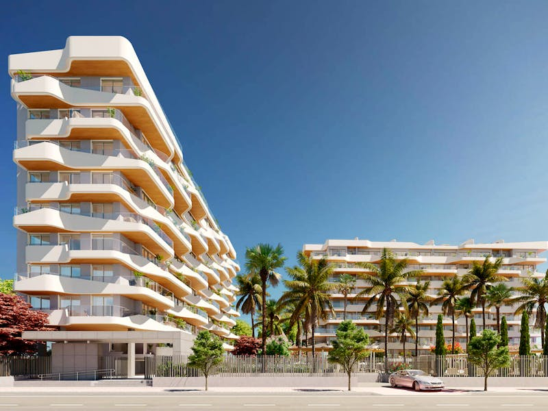 2 and 3 bedroom apartments in a complex next to the sea in Playa San Juan 1