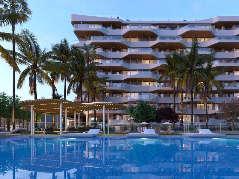 2 and 3 bedroom apartments in a complex next to the sea in Playa San Juan 2
