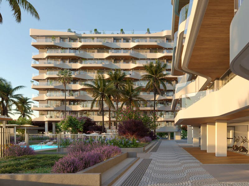 2 and 3 bedroom apartments in a complex next to the sea in Playa San Juan 9