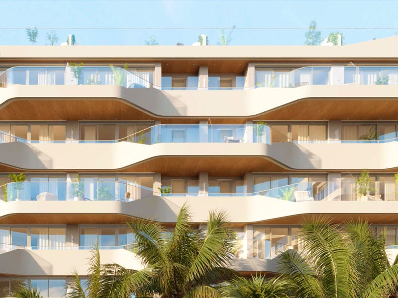 2 and 3 bedroom apartments in a complex next to the sea in Playa San Juan 18