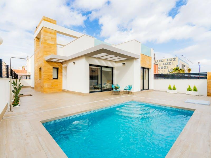 Villa with 3 bedrooms in Torrevieja 0