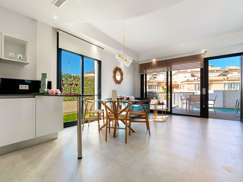 3 bedroom townhouses of modern design near Villamartín Golf, Orihuela Costa 6