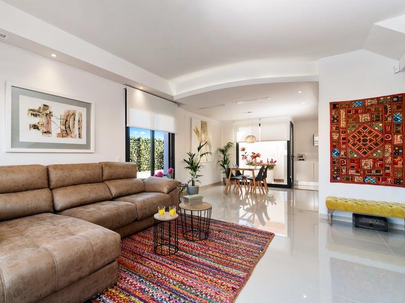 3 bedroom townhouses of modern design near Villamartín Golf, Orihuela Costa 3