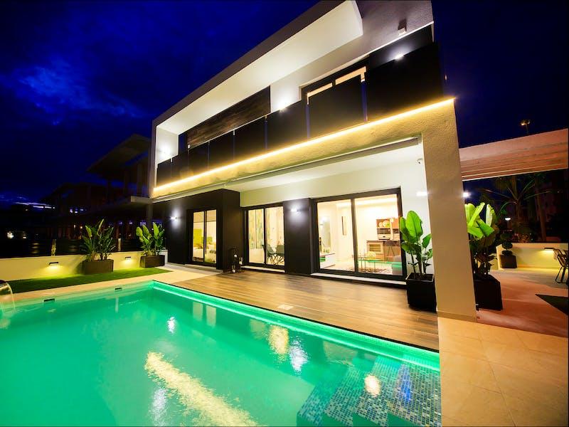 Villas in Campoamor 5