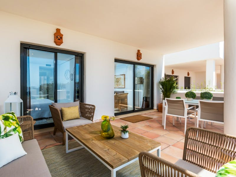 Apartments and townhouses in Estepona 19