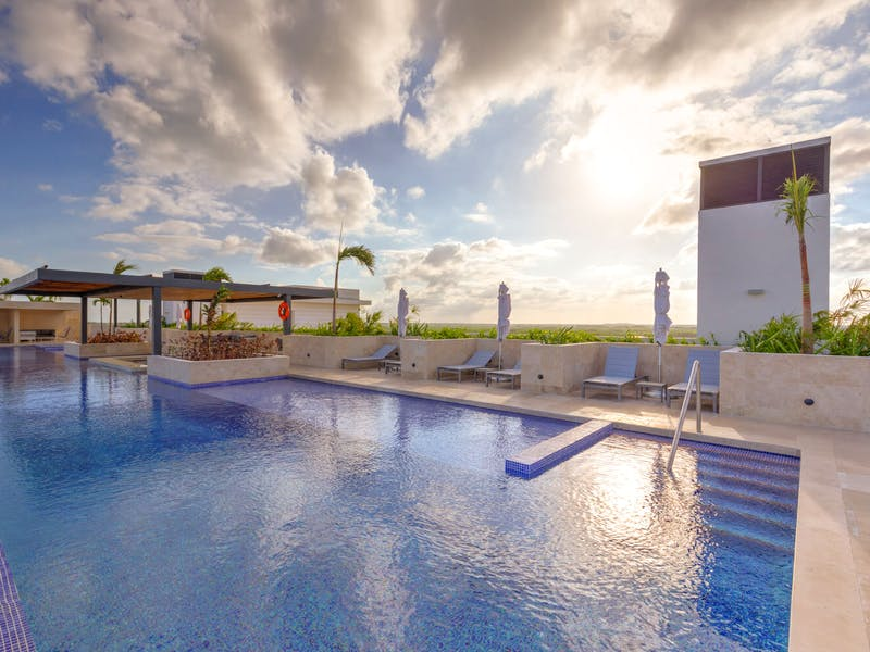 Luxury homes with private beach in Cancun 8