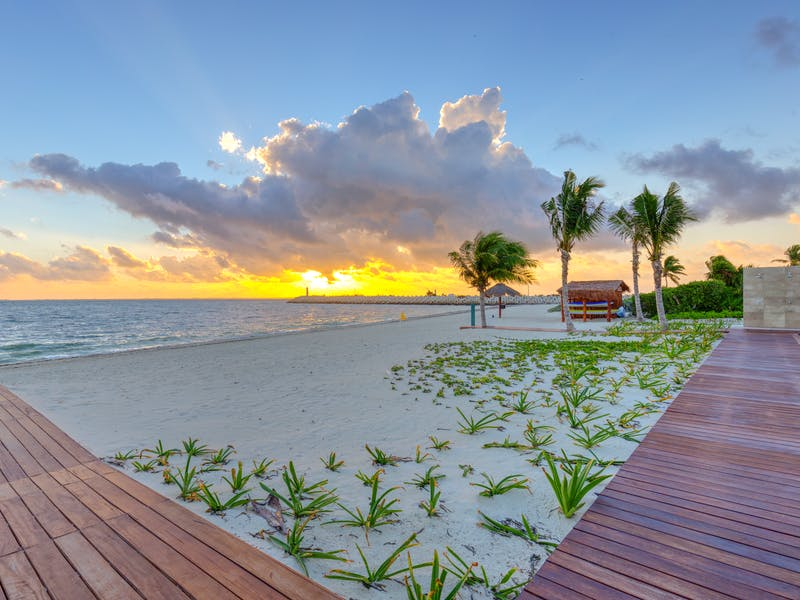 Luxury homes with private beach in Cancun 87