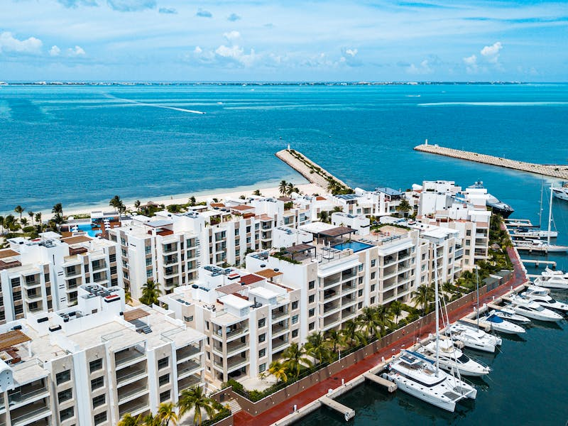 Luxury homes with private beach in Cancun 109