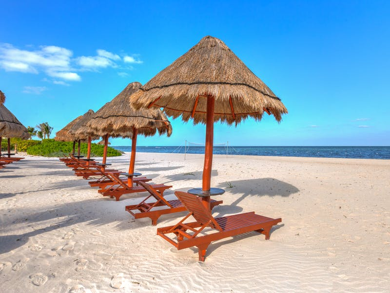 Luxury homes with private beach in Cancun 91
