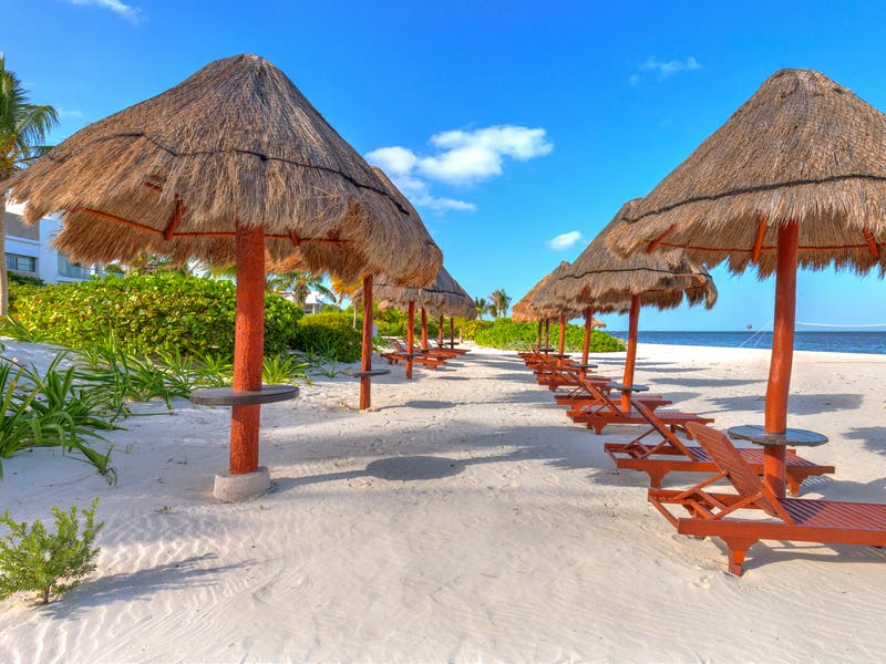 Luxury homes with private beach in Cancun 84