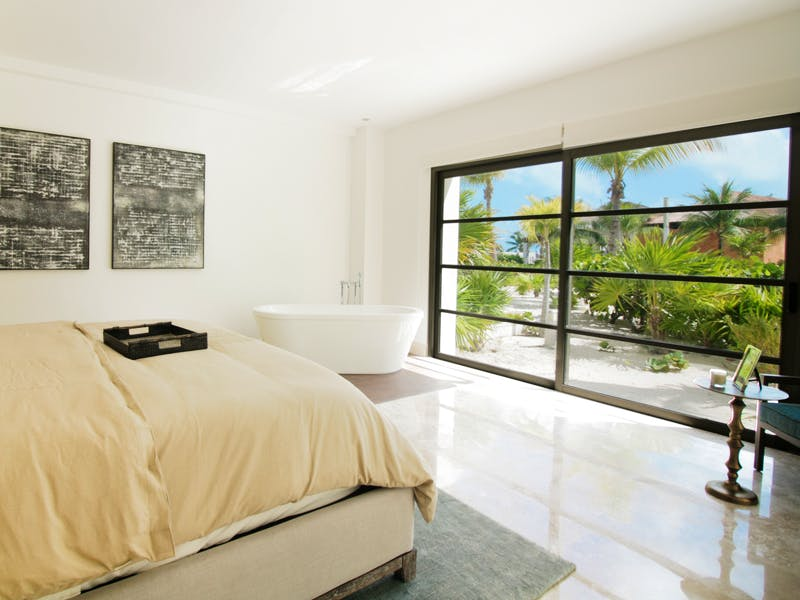 Luxury homes with private beach in Cancun 123