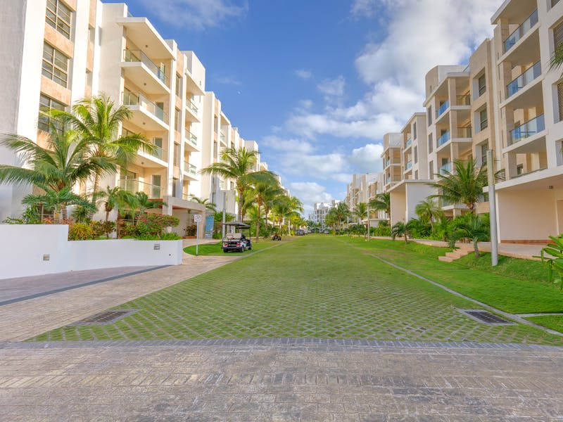 Luxury homes with private beach in Cancun 24