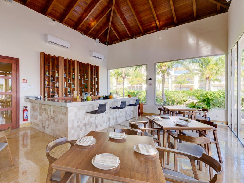 Luxury homes with private beach in Cancun 79