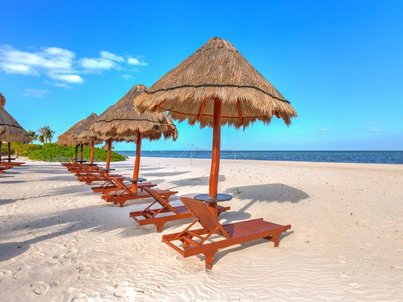 Luxury homes with private beach in Cancun 6