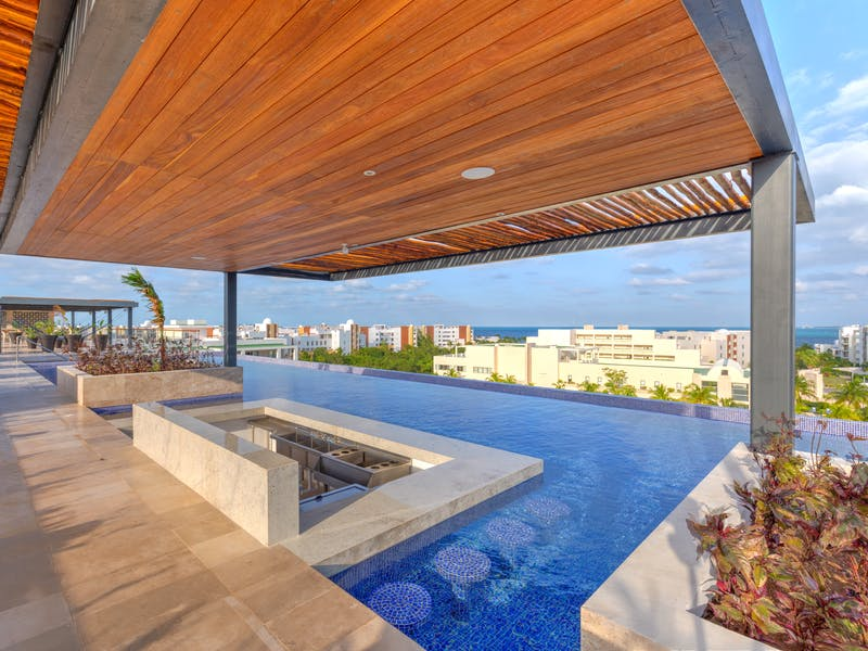 Luxury homes with private beach in Cancun 3