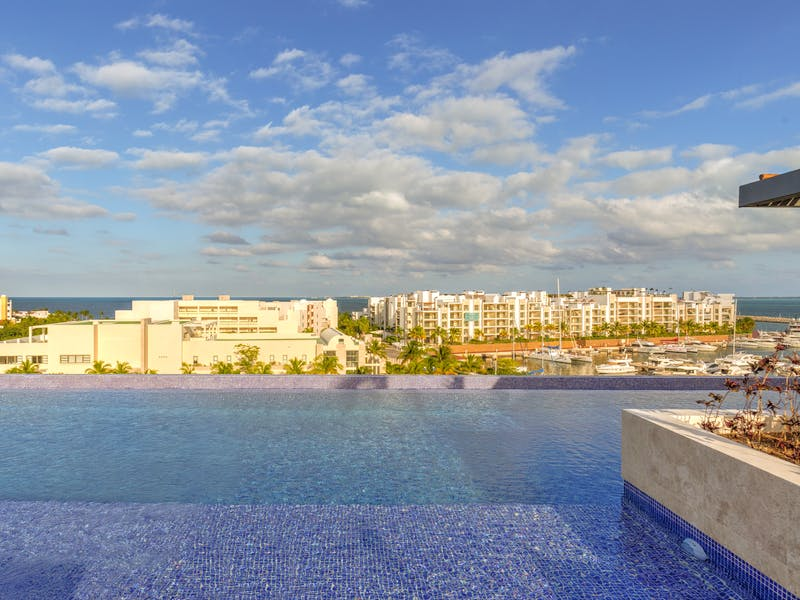 Luxury homes with private beach in Cancun 50