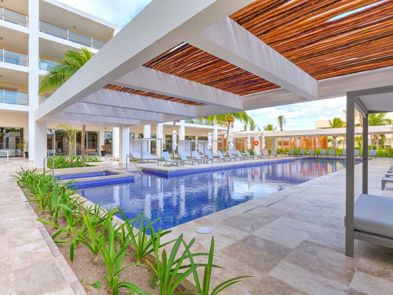 Luxury homes with private beach in Cancun 45