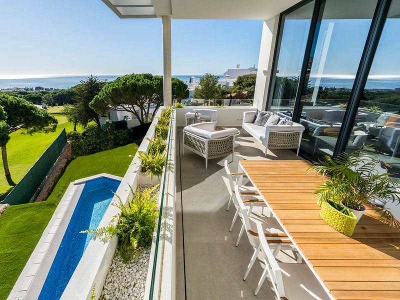 Townhouses and villas in Marbella 19