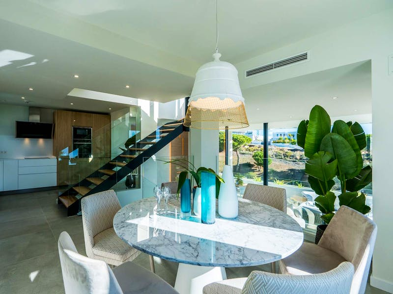 Townhouses and villas in Marbella 5