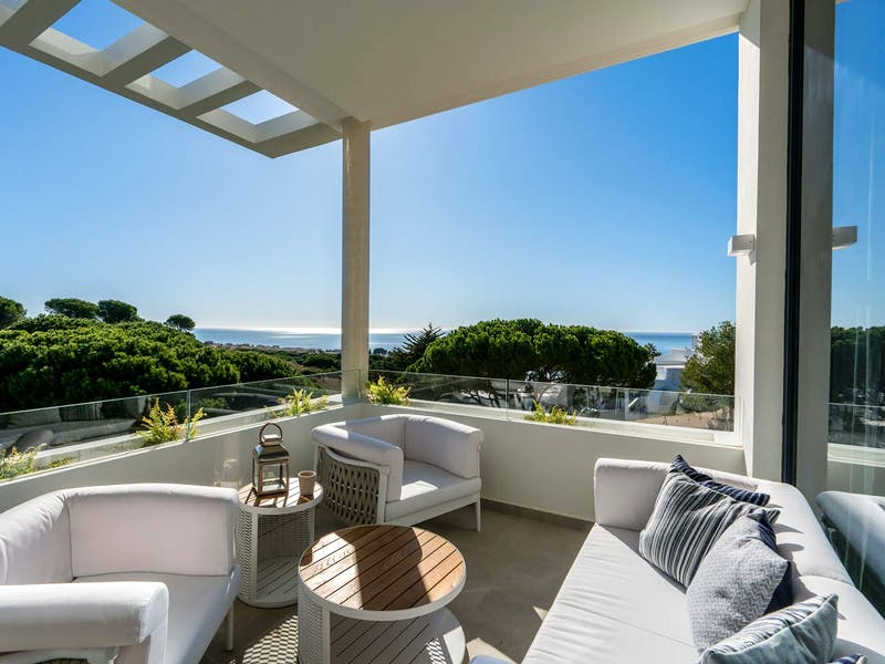 Townhouses and villas in Marbella 16