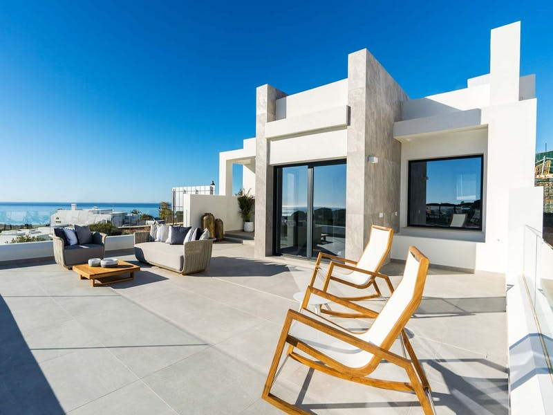 Townhouses and villas in Marbella 0