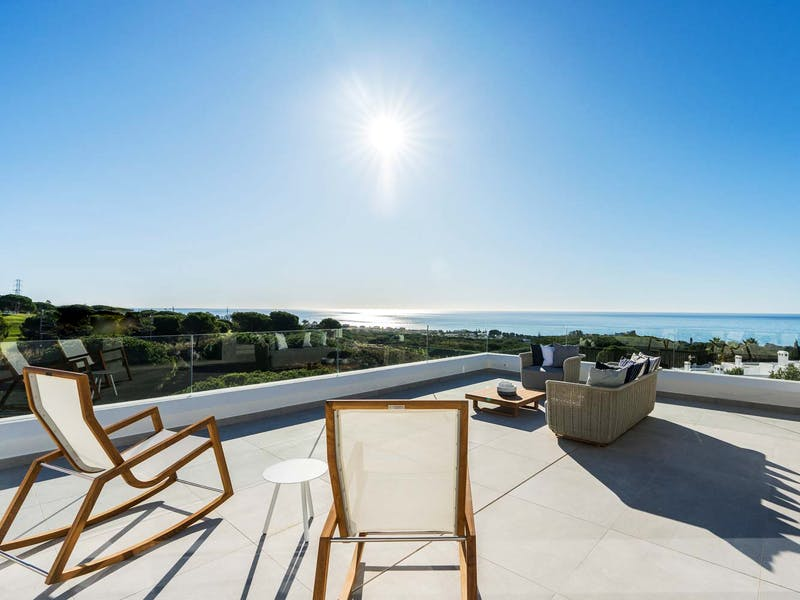 Townhouses and villas in Marbella 10